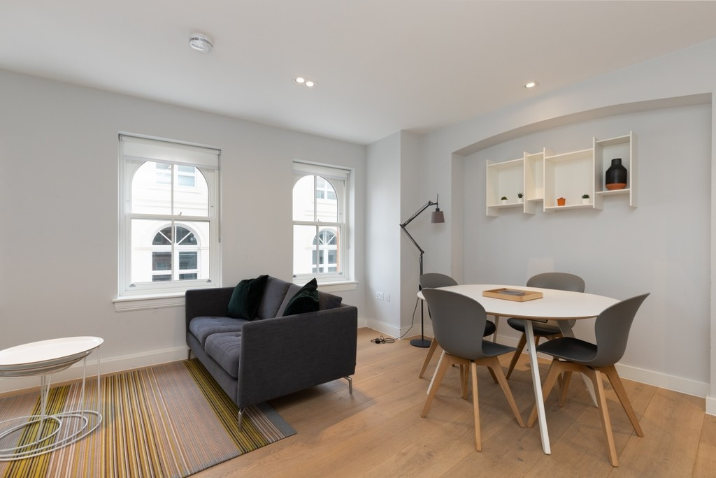 flat to let in Covent Garden